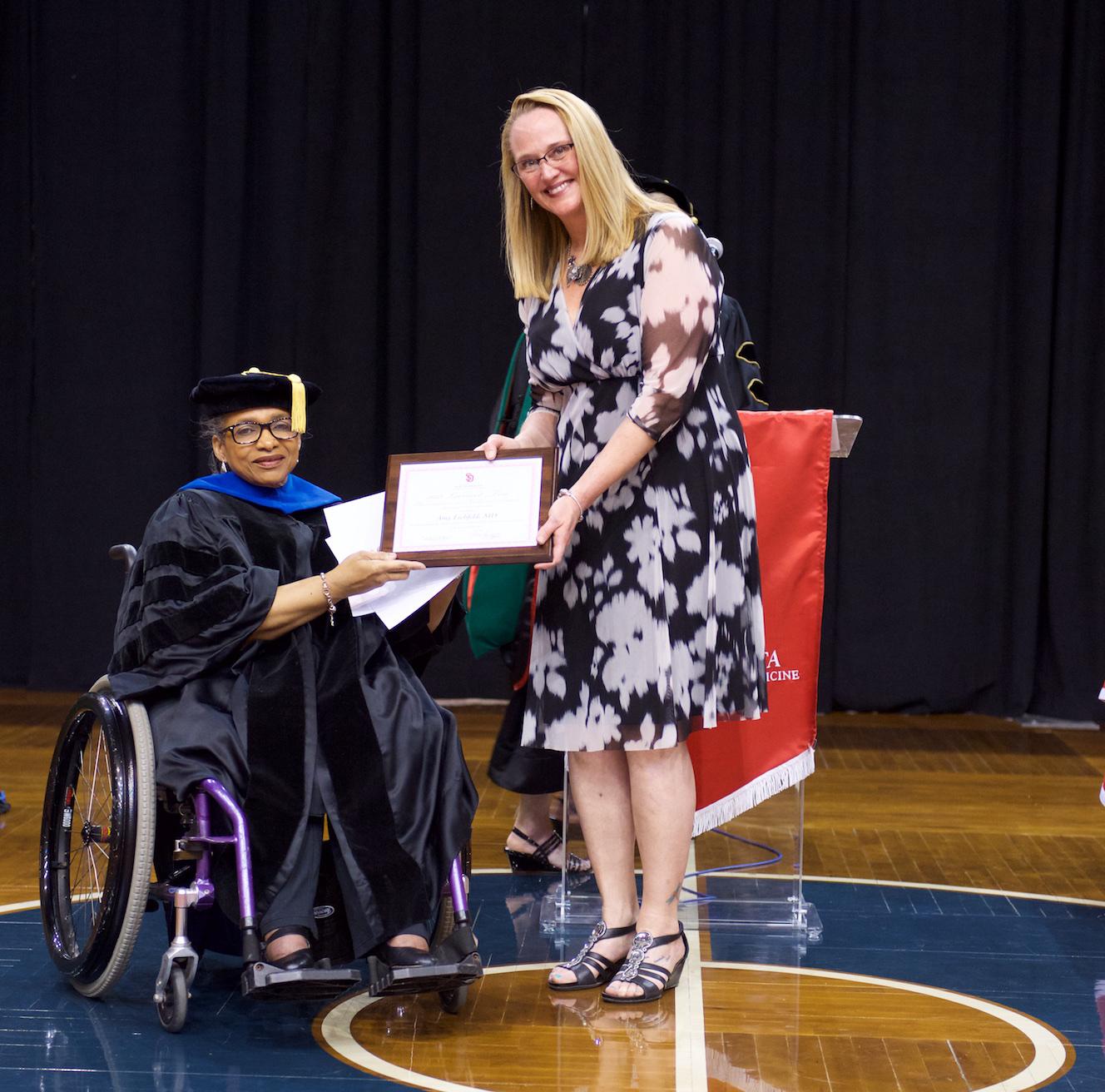 Dr. Amy Eichfeld receiving award